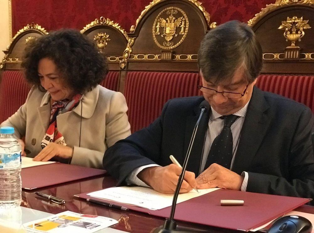 Fundación Carolina y Grupo Tordesillas firman un convenio de cooperación académica para la concesión de becas de investigación
