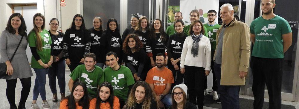 La UHU celebra sus econavidades para concienciar sobre el cuidado del medio ambiente