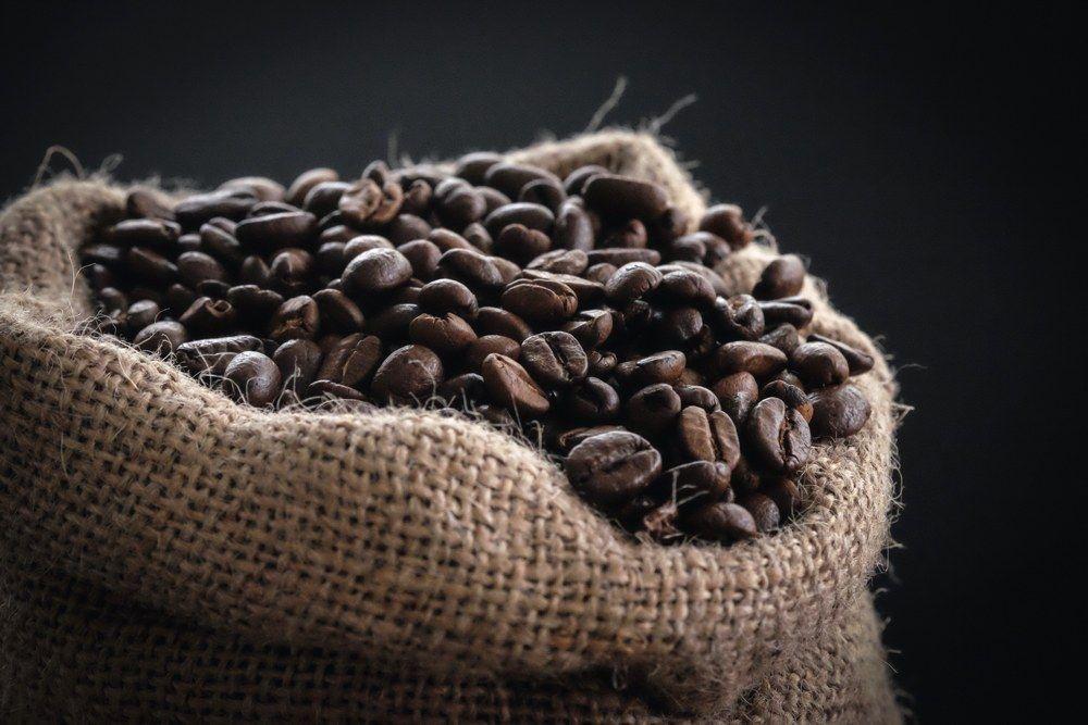 Investigadores analizan el efecto antitumoral 'in vitro' de varios componentes bioactivos del café - UGR