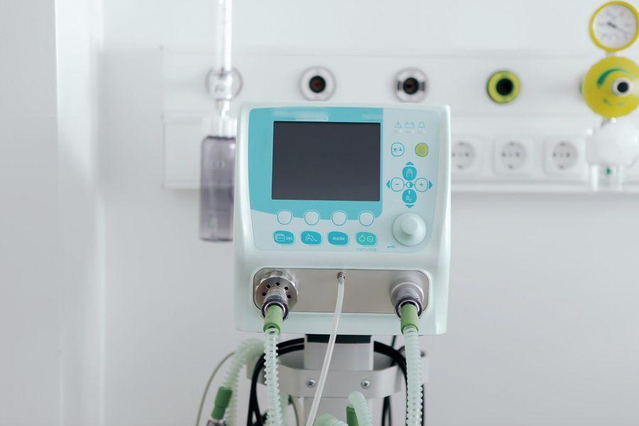 FUCS recebe R$ 200 mil do SIMECS para a produção de ventiladores pulmonares