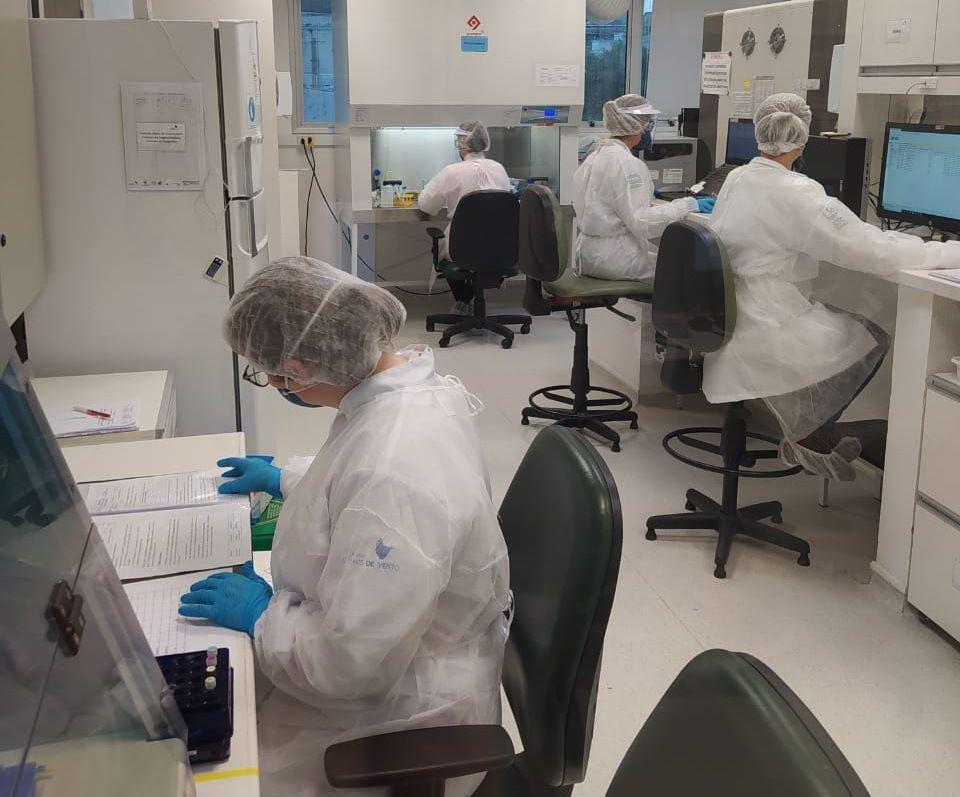 Laboratório da UFCSPA realiza testes da Covid-19 para Governo do Estado