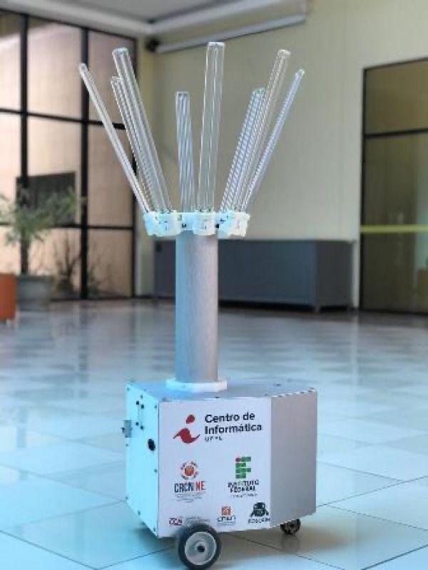 Aurora 2.0, desenvolvido por pesquisadores do CIn-UFPE contra a Covid-19, utiliza inteligência artificial para esterilizar ambientes - UFPE